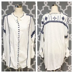 ➕ Lucky Brand Embroidered Button Down 7O